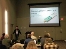 Hans Gaensbauer presenting his talk on the RTL2832u SDR dongle